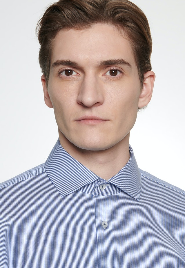 Bügelleichtes Twill Business Hemd in Slim mit Kentkragen in Mittelblau    Seidensticker Onlineshop