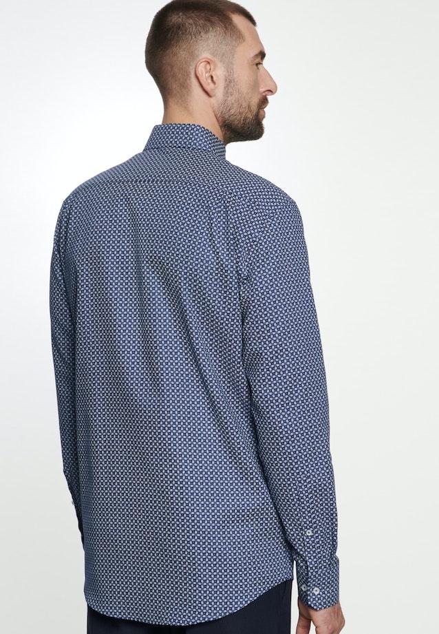 Bügelleichtes Struktur Business Hemd in Shaped mit Kentkragen in Mittelblau |  Seidensticker Onlineshop