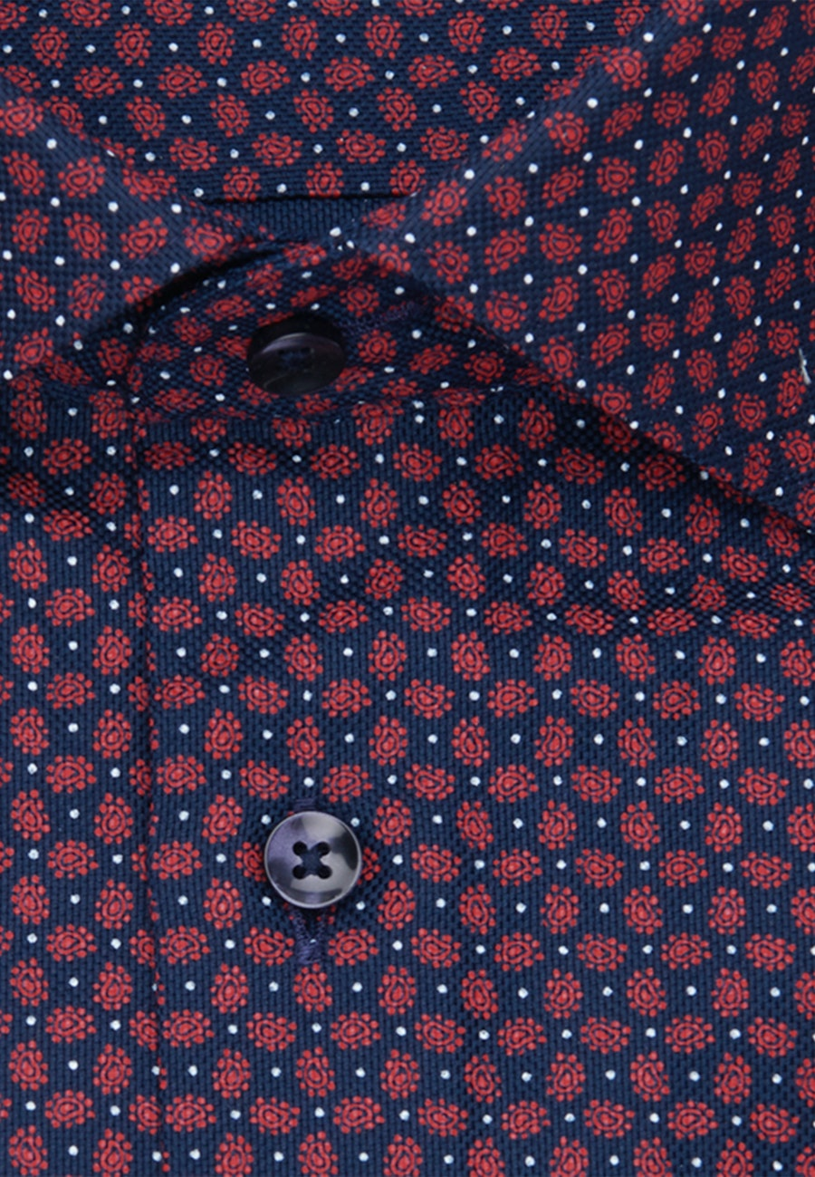 Bügelleichtes Struktur Business Hemd in Shaped mit Kentkragen in Rot |  Seidensticker Onlineshop