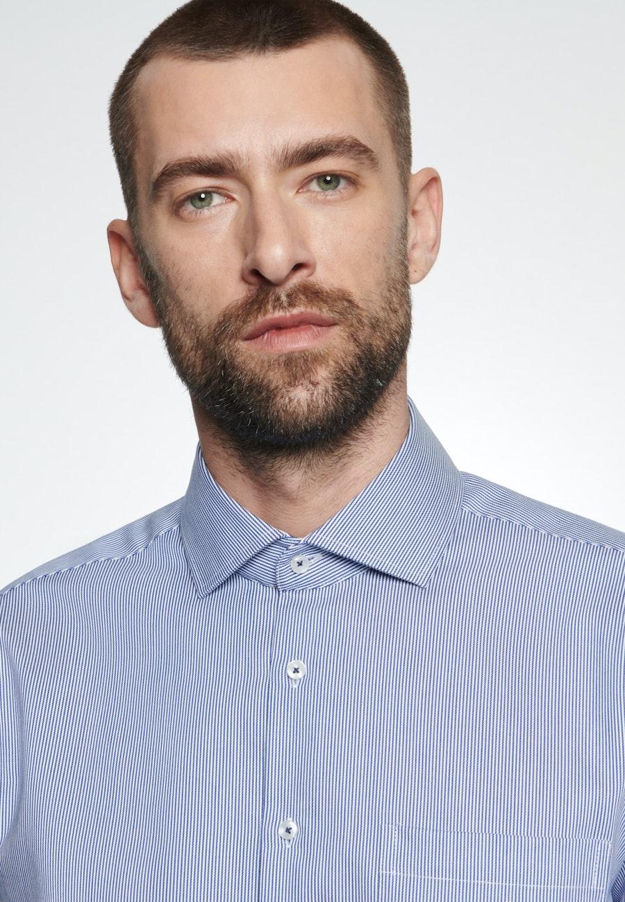 Bügelleichtes Twill Business Hemd in Regular mit Kentkragen in Mittelblau |  Seidensticker Onlineshop