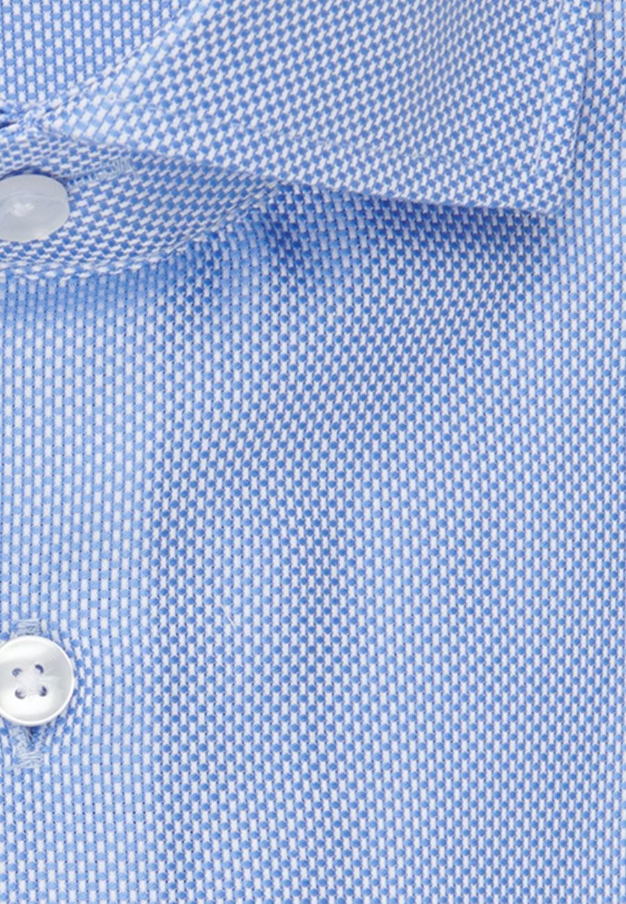Bügelleichtes Struktur Business Hemd in Shaped mit Kentkragen in Hellblau    Seidensticker Onlineshop