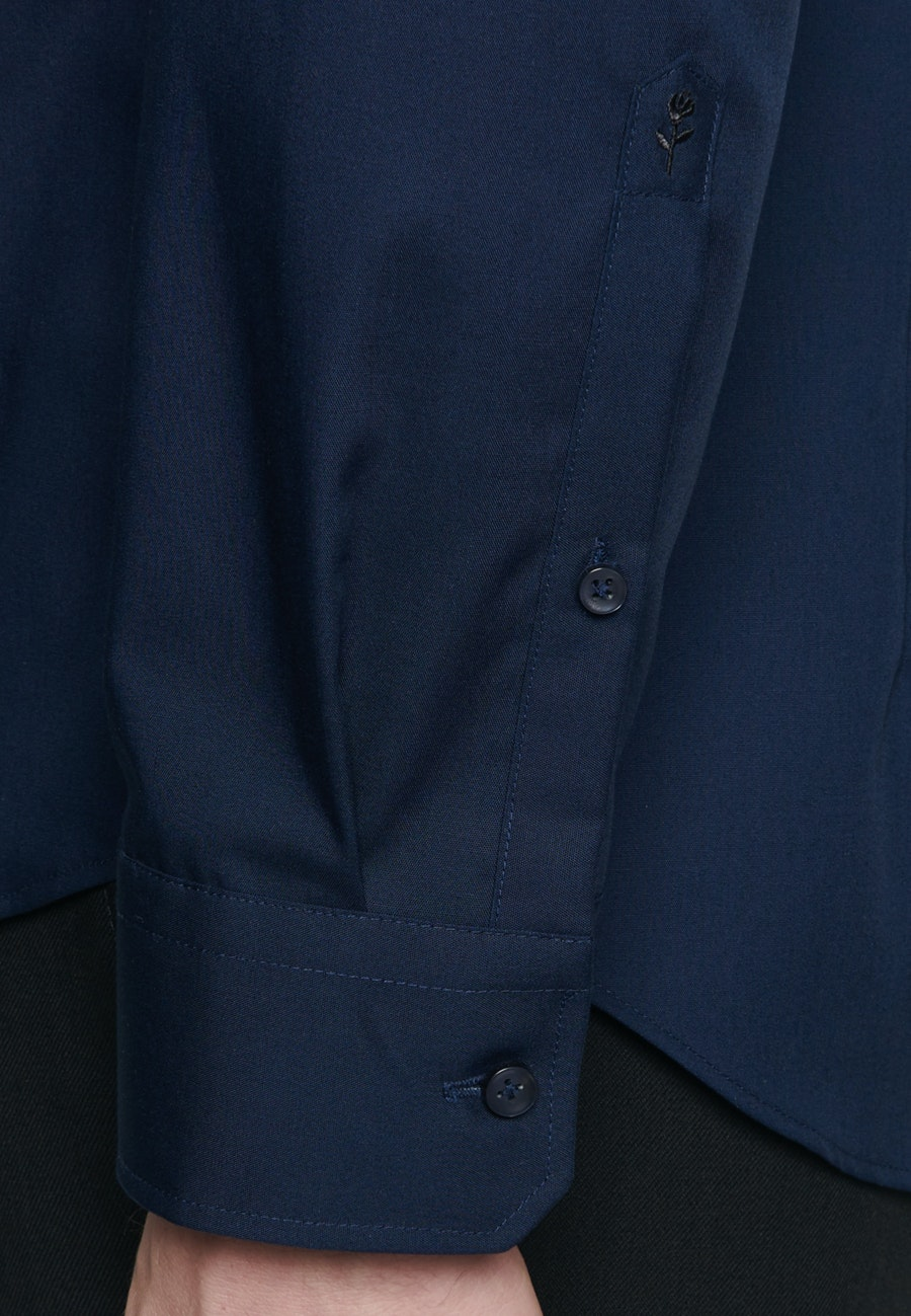 Bügelfreies Popeline Business Hemd in Shaped mit Kentkragen in Dunkelblau    Seidensticker Onlineshop