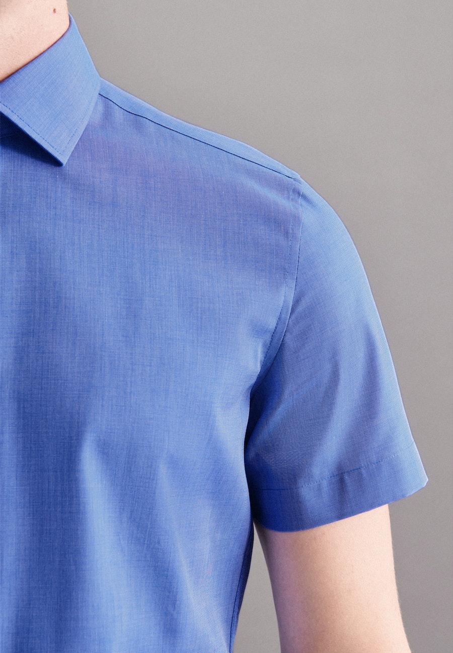 Bügelfreies Fil a fil Kurzarm Business Hemd in Slim mit Kentkragen in Mittelblau |  Seidensticker Onlineshop