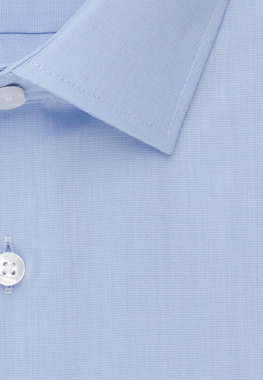 Non-iron Fil a fil Short sleeve Business Shirt in Slim with Kent-Collar in Light blue |  Seidensticker Onlineshop