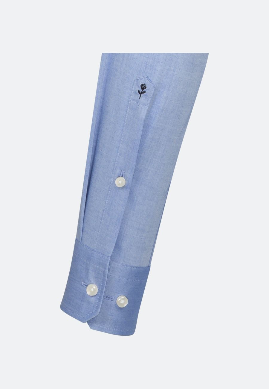 Bügelfreies Chambray Business Hemd in Slim mit Kentkragen in Mittelblau |  Seidensticker Onlineshop