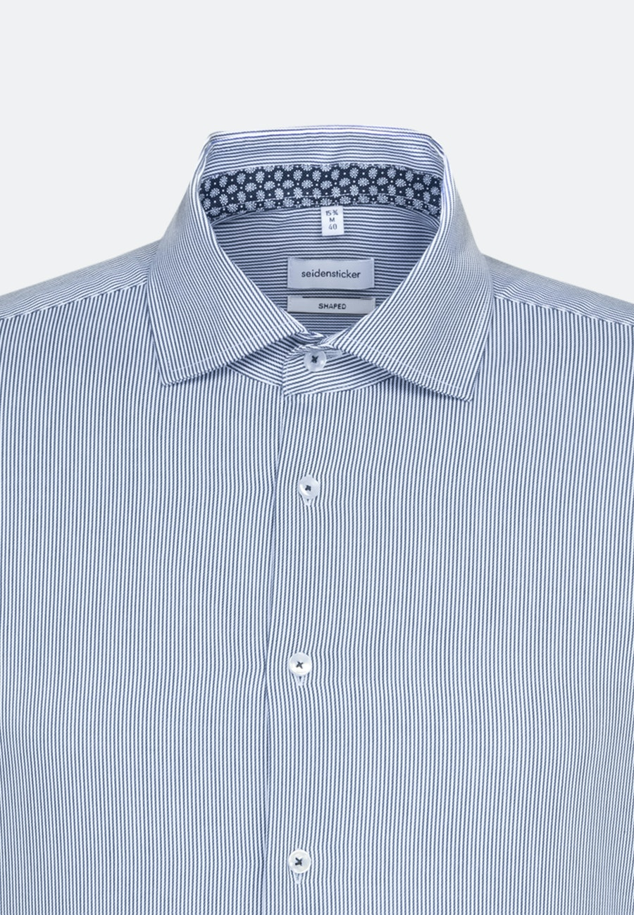 Easy-iron Twill Business Shirt in Shaped with Kent-Collar and extra long sleeve in Medium blue |  Seidensticker Onlineshop