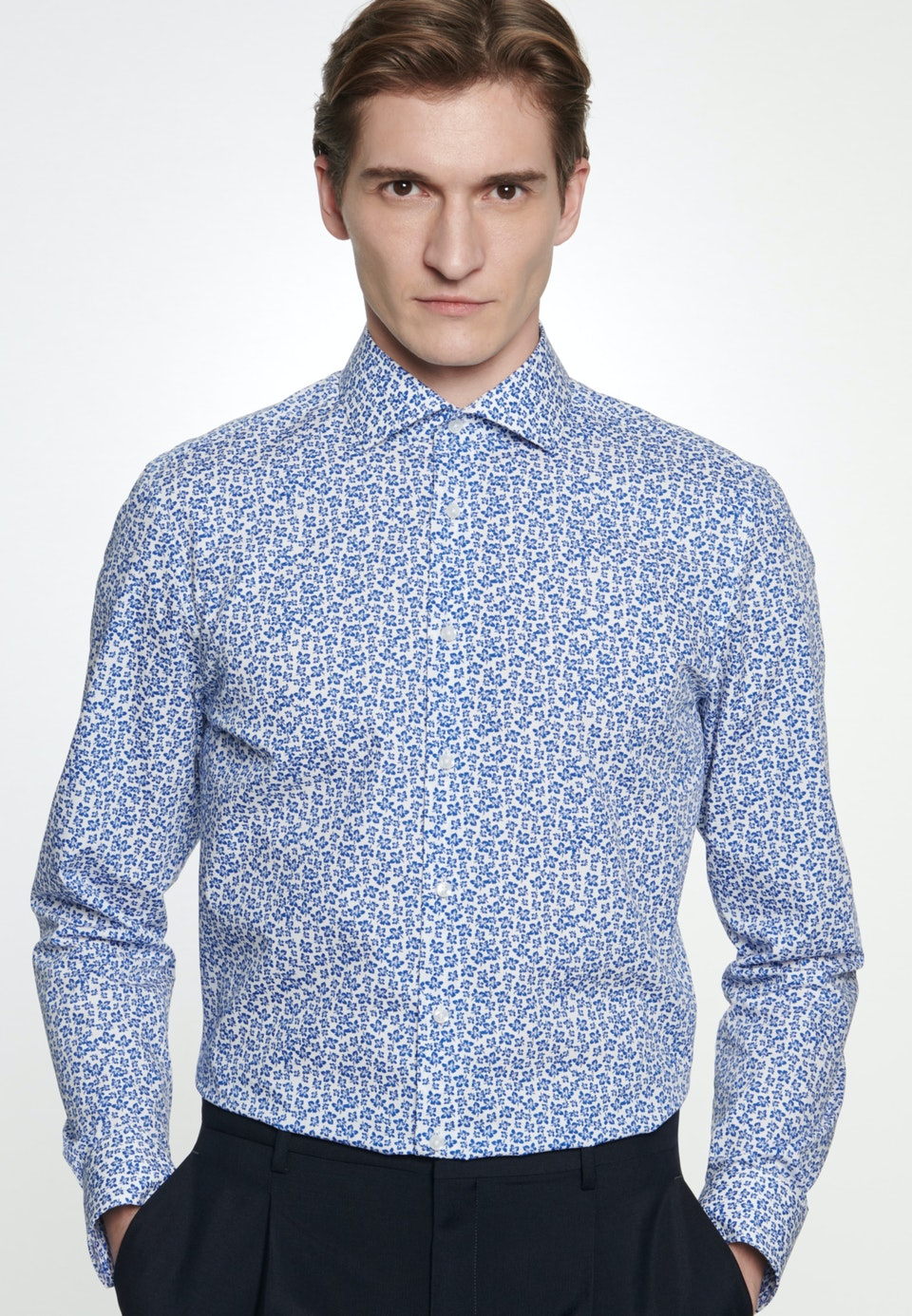 Easy-iron Poplin Business Shirt in Slim with Kent-Collar in Medium blue |  Seidensticker Onlineshop