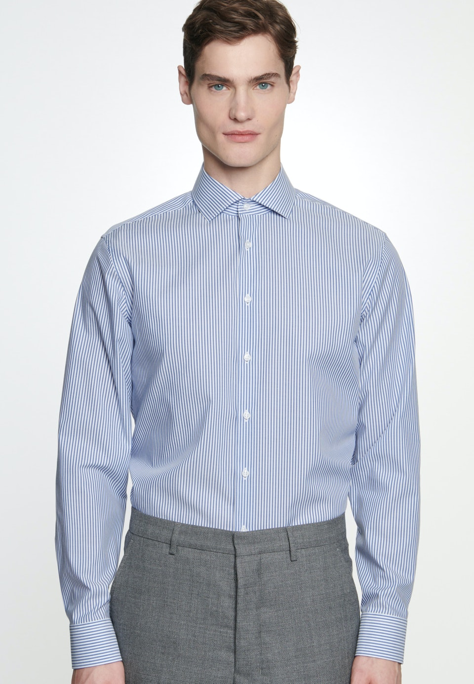 Non-iron Poplin Business Shirt in Slim with Kent-Collar in Medium blue |  Seidensticker Onlineshop