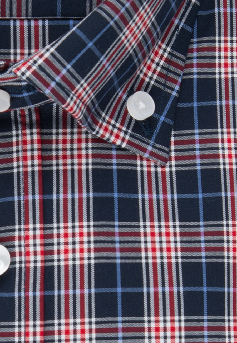 Non-iron Popeline Short sleeve Business Shirt in Shaped with Button-Down-Collar in Red |  Seidensticker Onlineshop