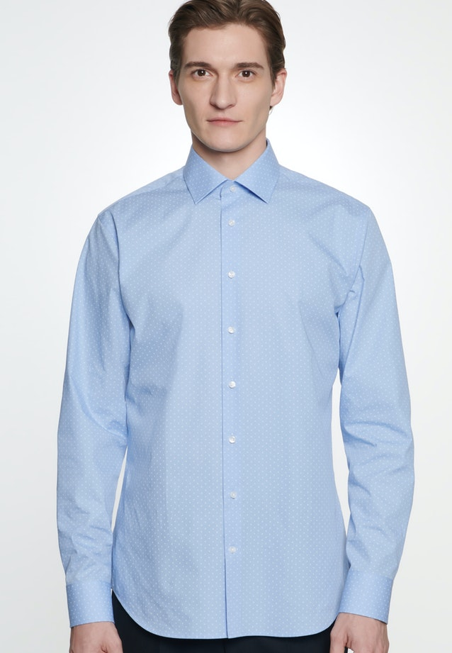 Easy-iron Poplin Business Shirt in Shaped with Kent-Collar in Light blue |  Seidensticker Onlineshop
