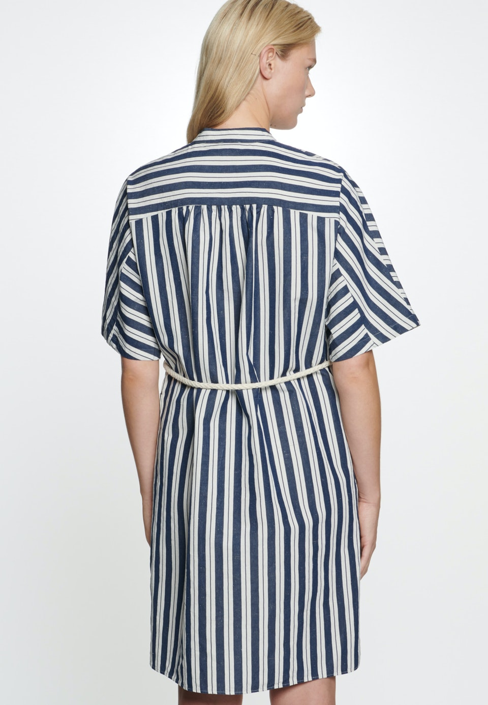 Leinwandbindung Midi Dress made of silk-linen blend in Dark blue |  Seidensticker Onlineshop