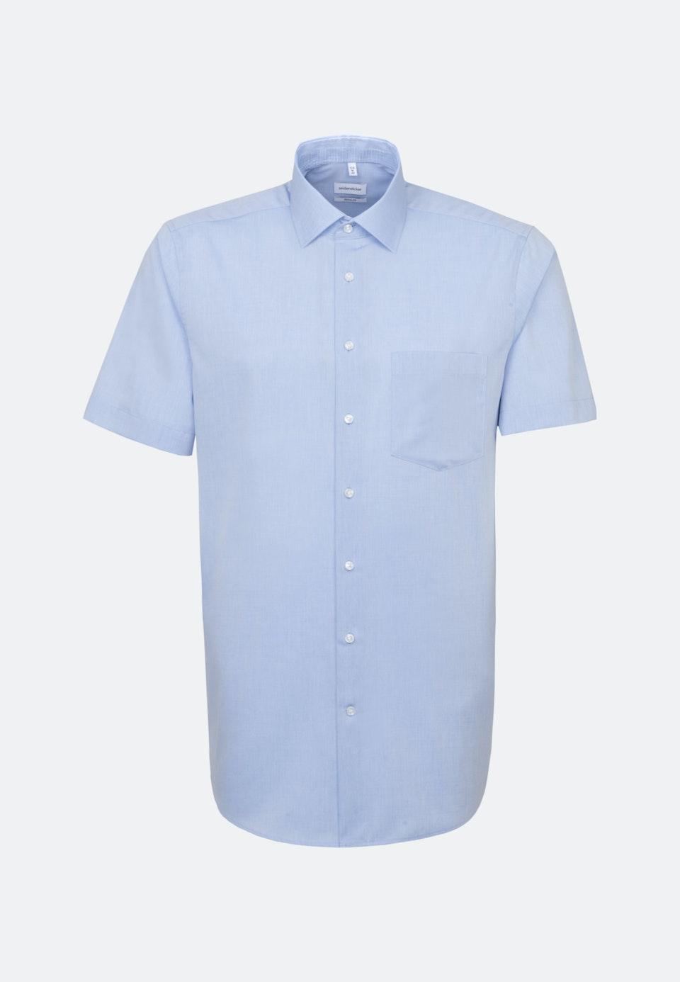 Bügelfreies Chambray Kurzarm Business Hemd in Regular mit Kentkragen in Hellblau |  Seidensticker Onlineshop