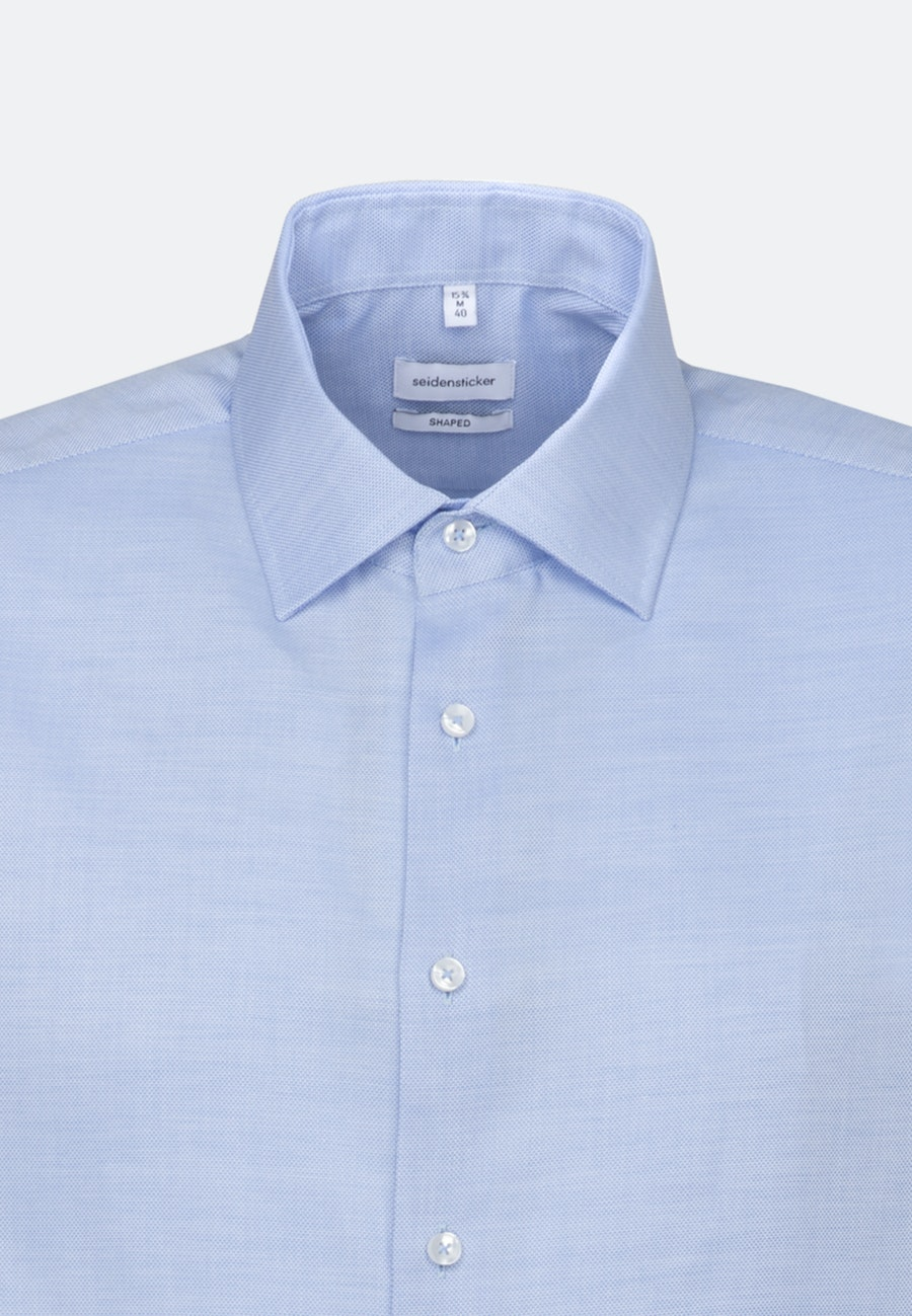 Non-iron Structure Short sleeve Business Shirt in Shaped with Kent-Collar in Light blue |  Seidensticker Onlineshop