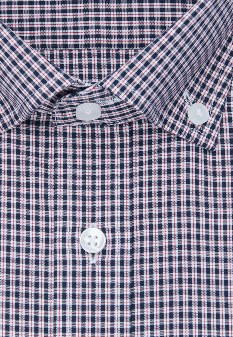 Non-iron Poplin Short sleeve Business Shirt in Regular with Button-Down-Collar in Red |  Seidensticker Onlineshop