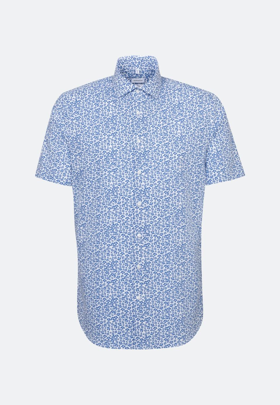 Bügelleichtes Popeline Kurzarm Business Hemd in Slim mit Kentkragen in Mittelblau    Seidensticker Onlineshop