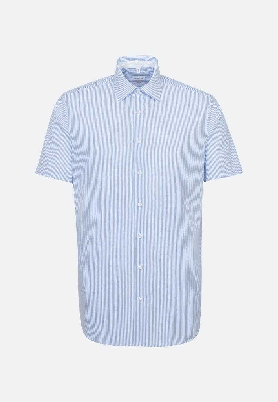 Bügelfreies Popeline Kurzarm Business Hemd in Shaped mit Kentkragen in Hellblau    Seidensticker Onlineshop