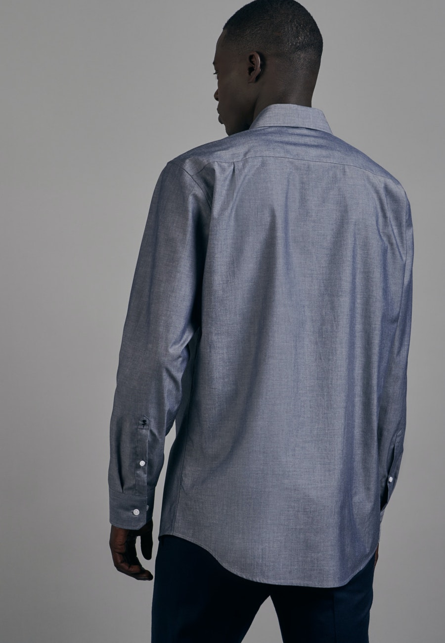 Non-iron Chambray Business Shirt in Regular with Kent-Collar in Dark blue |  Seidensticker Onlineshop