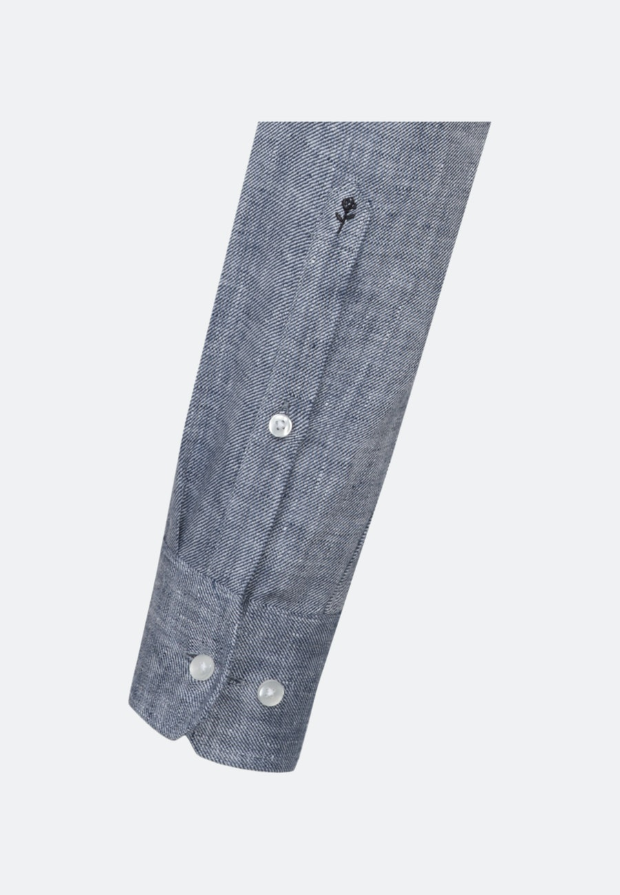 Bügelleichtes Twill Business Hemd in Shaped mit Kentkragen in Dunkelblau    Seidensticker Onlineshop