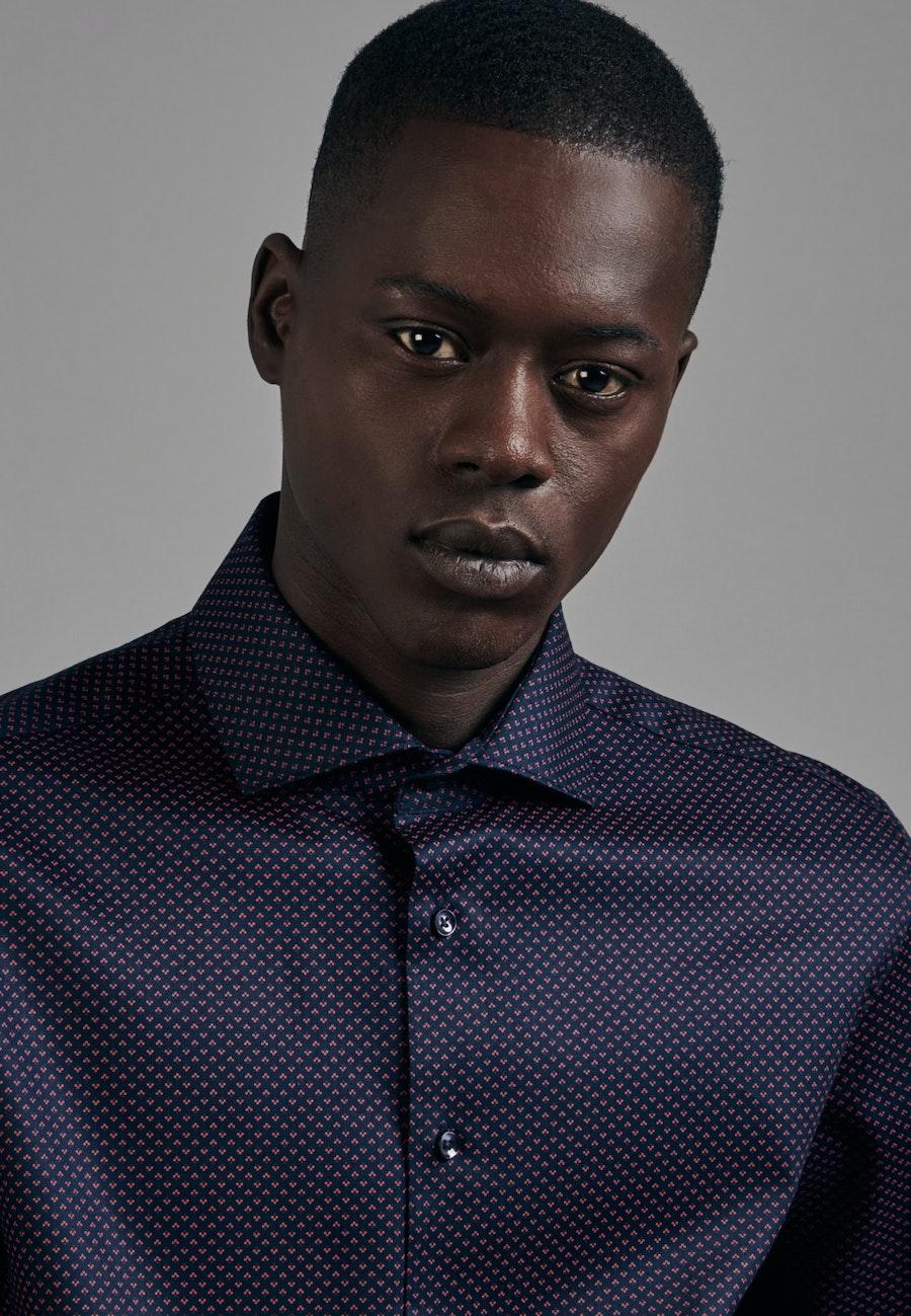 Bügelleichtes Twill Business Hemd in X-Slim mit Kentkragen in Rot    Seidensticker Onlineshop