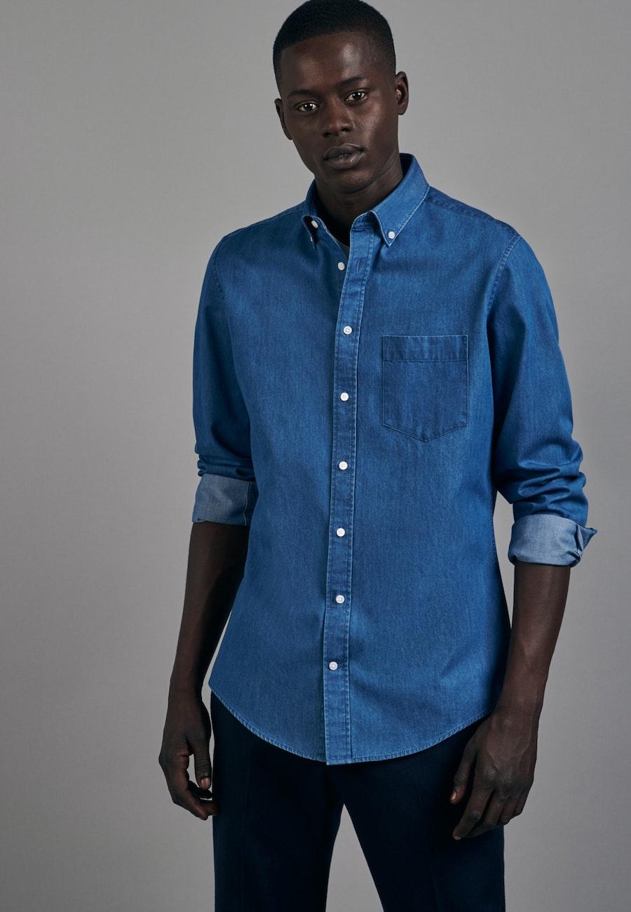 Bügelleichtes Denim Business Hemd in Slim mit Button-Down-Kragen in Mittelblau |  Seidensticker Onlineshop