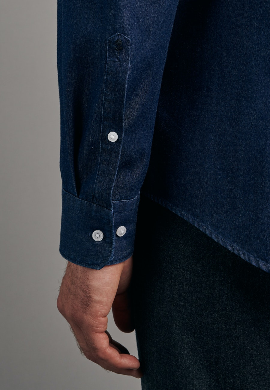 Bügelleichtes Denim Business Hemd in Slim mit Button-Down-Kragen in Dunkelblau |  Seidensticker Onlineshop