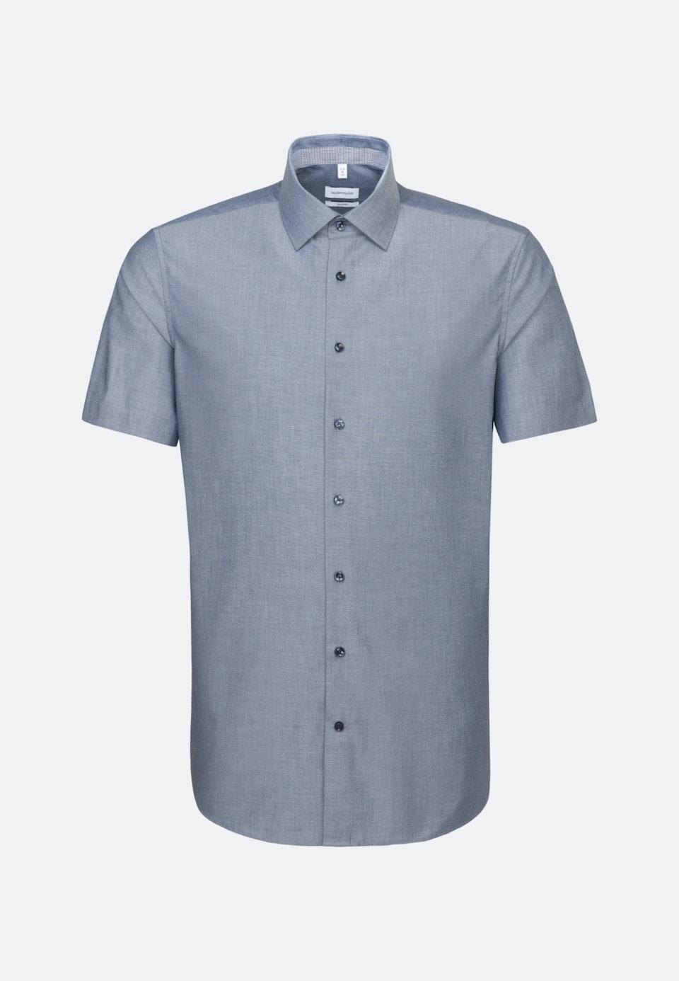 Bügelfreies Chambray Kurzarm Business Hemd in Shaped mit Kentkragen in Dunkelblau |  Seidensticker Onlineshop