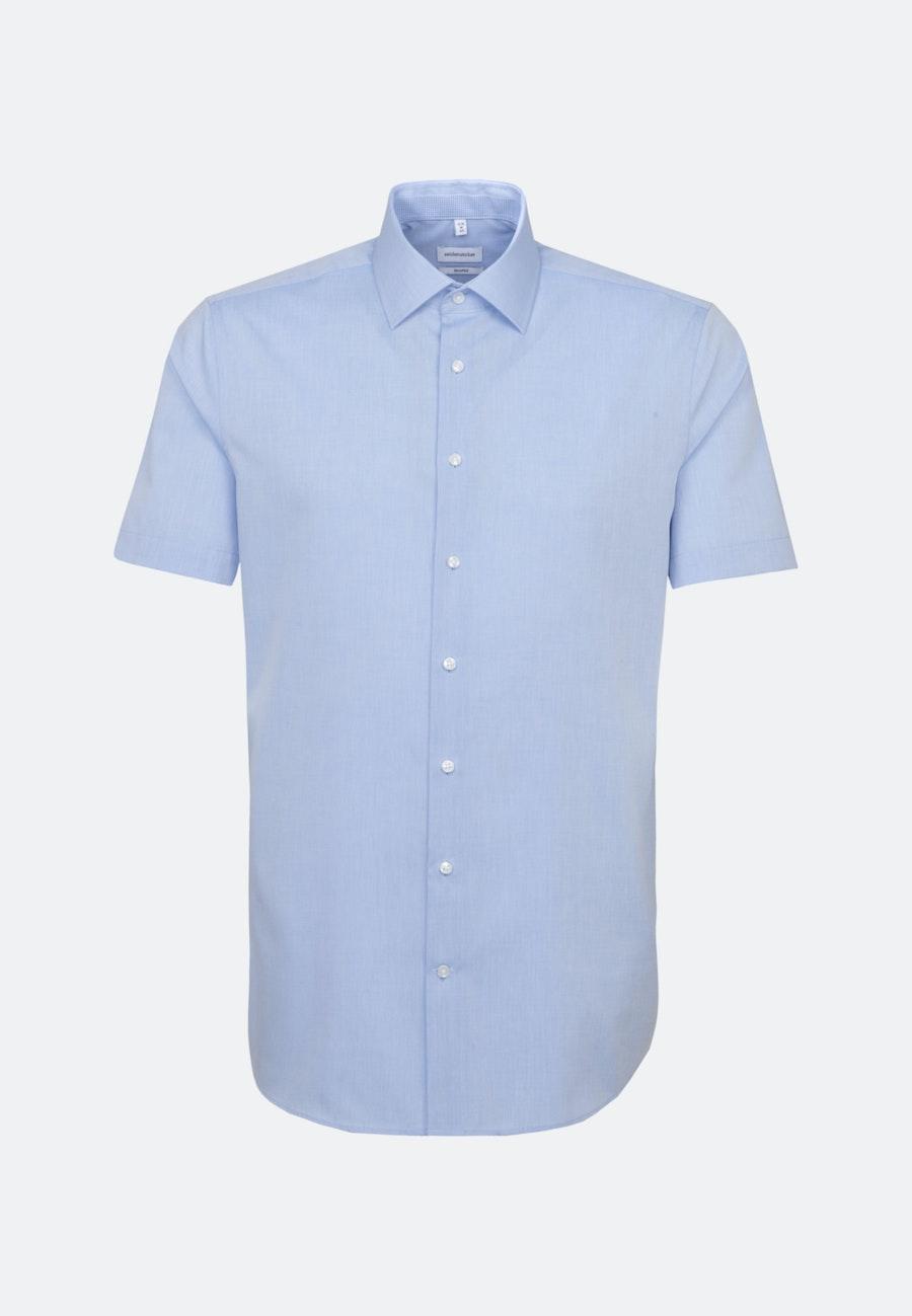 Bügelfreies Chambray Kurzarm Business Hemd in Shaped mit Kentkragen in Hellblau    Seidensticker Onlineshop