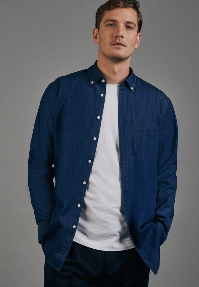 Bügelleichtes Denim Business Hemd in Regular mit Button-Down-Kragen in Dunkelblau |  Seidensticker Onlineshop