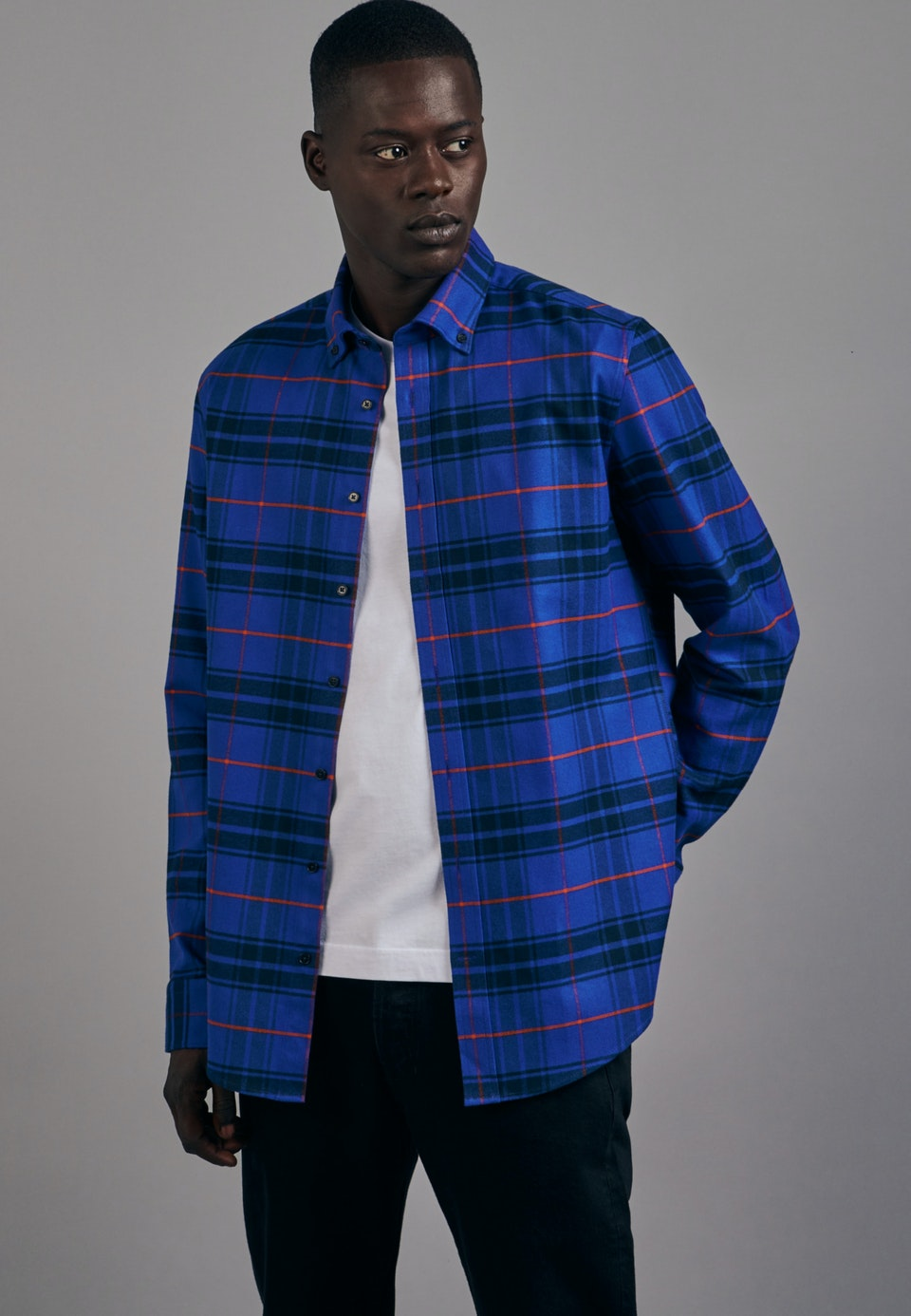 Flanell Business Shirt in Shaped with Button-Down-Collar in Medium blue |  Seidensticker Onlineshop
