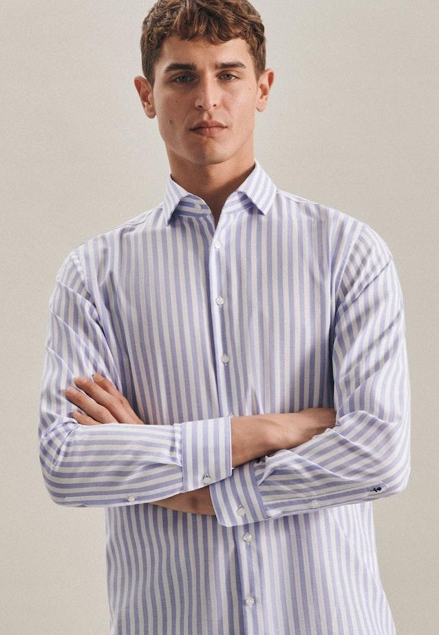 Easy-iron Struktur Business Shirt in Shaped with Kent-Collar in Light blue    Seidensticker Onlineshop