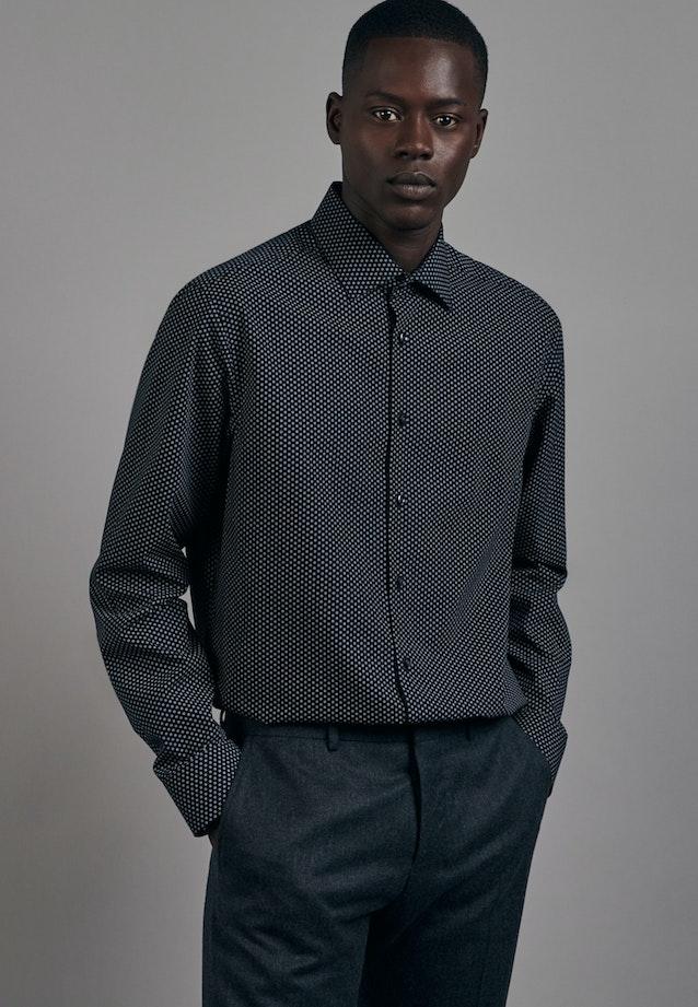 Bügelleichtes Popeline Business Hemd in Comfort mit Kentkragen in Schwarz |  Seidensticker Onlineshop