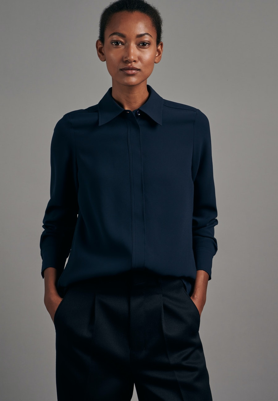 Crepe Shirt Blouse made of 100% Polyester in Dark blue |  Seidensticker Onlineshop