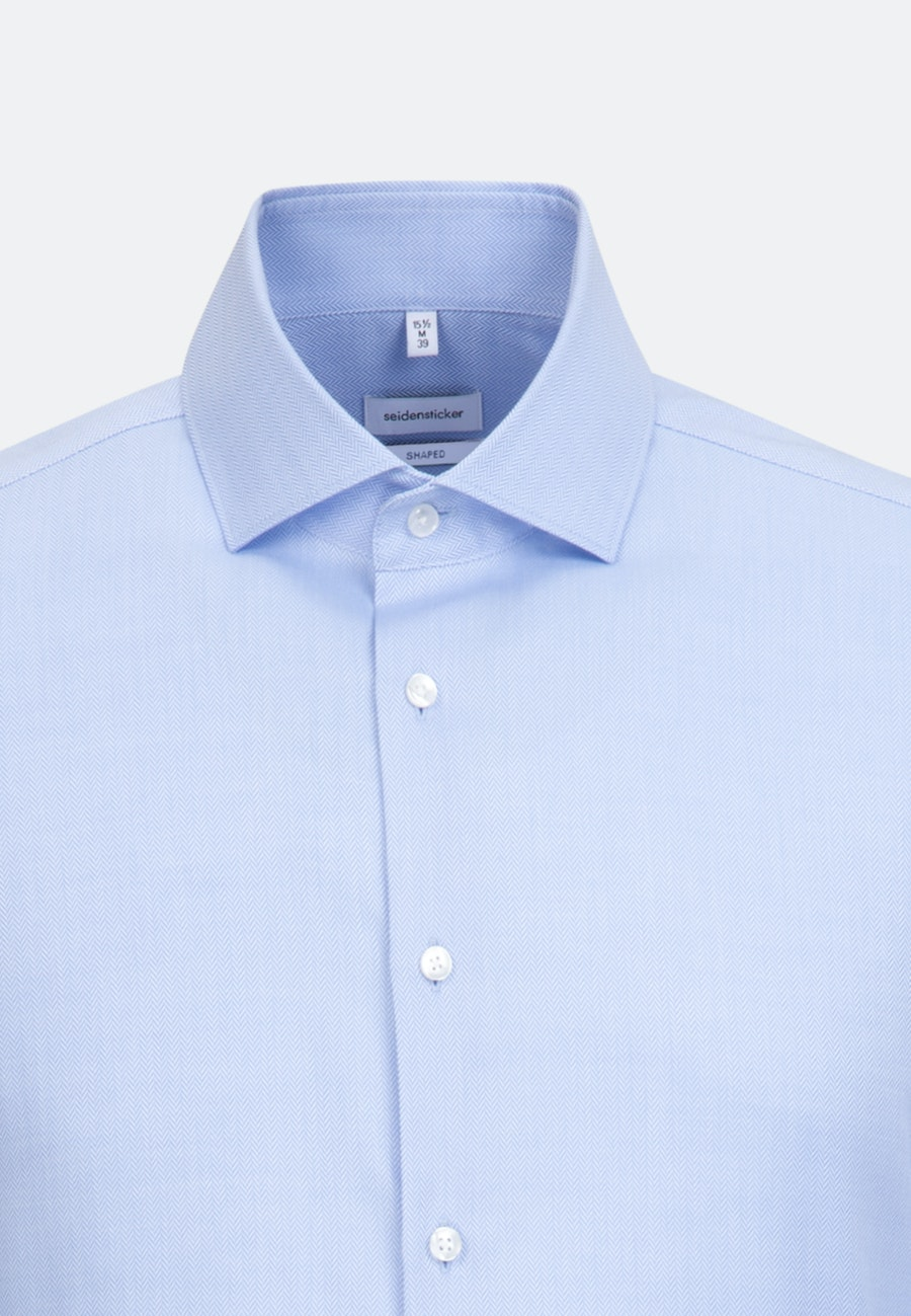 Easy-iron Fischgrat Business Shirt in Shaped with Kent-Collar in Light blue |  Seidensticker Onlineshop