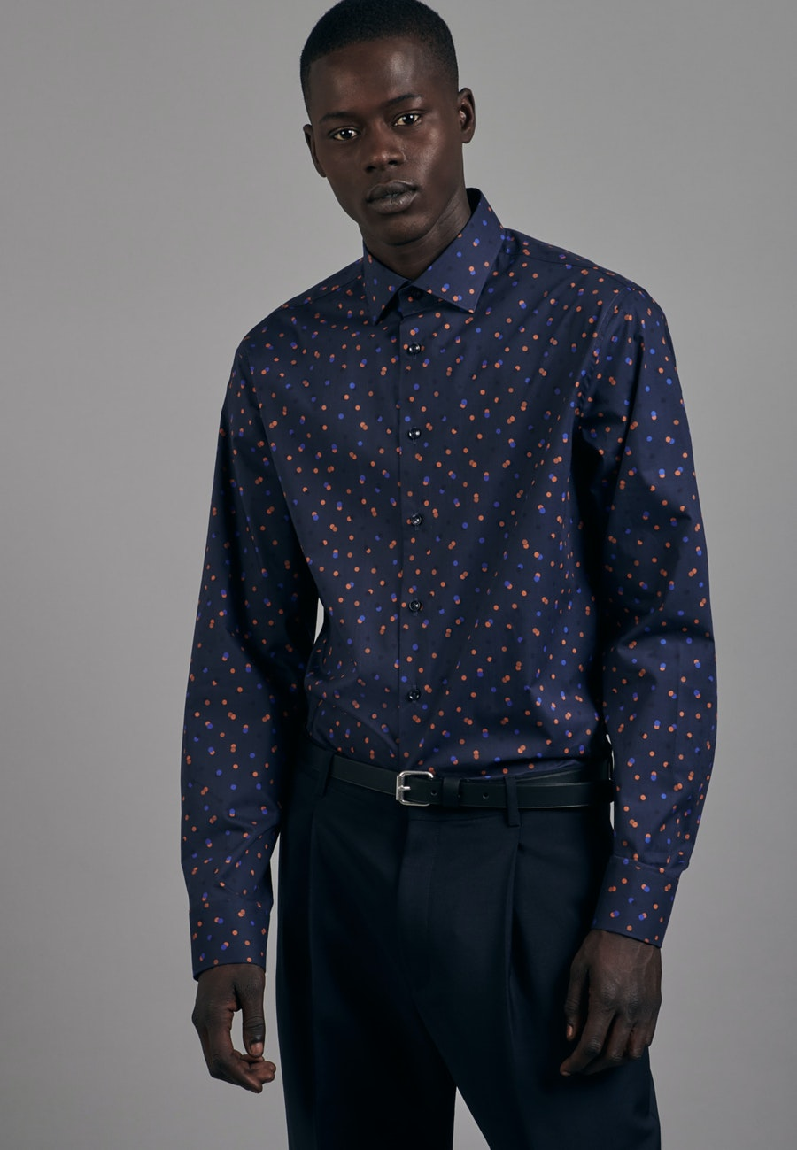 Easy-iron Popeline Business Shirt in Slim with Kent-Collar in Dark blue |  Seidensticker Onlineshop