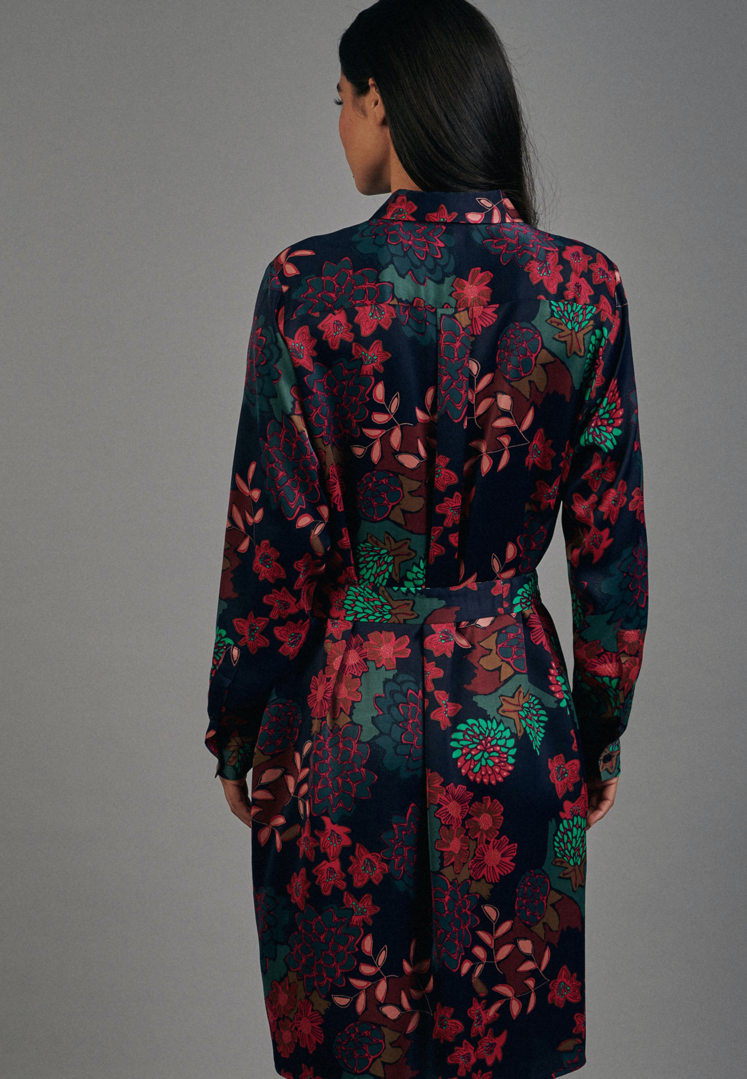 Damen Satin Midi Kleid aus 100% Viskose dunkelblau 60 ...