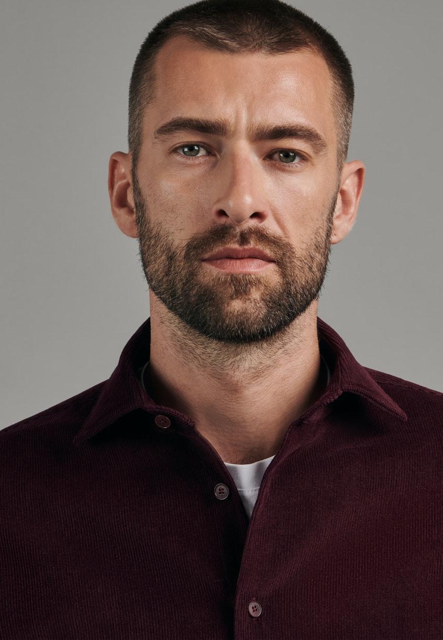 Bügelleichtes Cord Business Hemd in Slim mit Kentkragen in Rot    Seidensticker Onlineshop