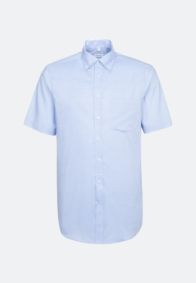 Non-iron Structure Short sleeve Business Shirt in Regular with Button-Down-Collar in Light blue |  Seidensticker Onlineshop