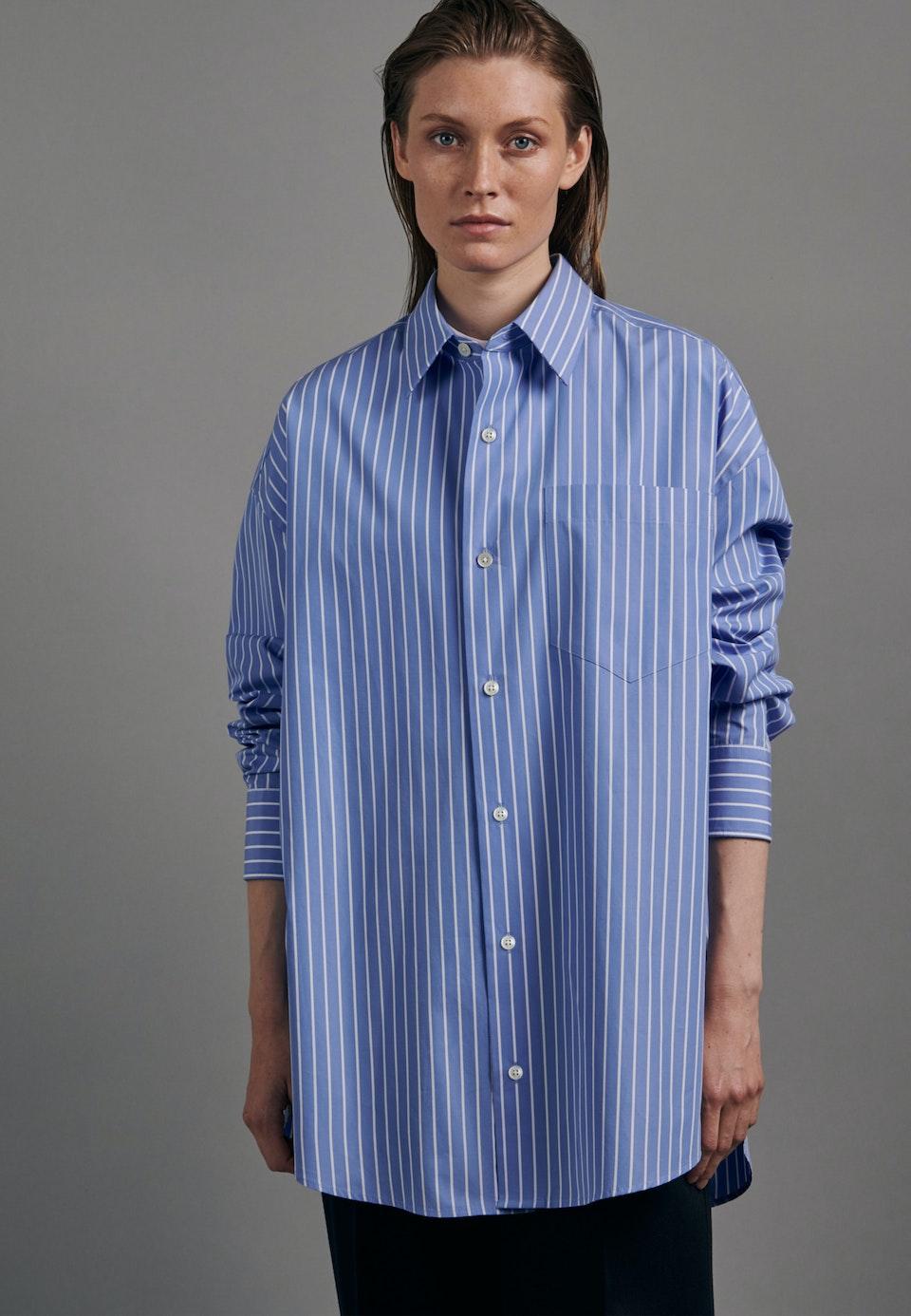Bügelleichtes Popeline Gender-Shirt in Oversized fit mit Kentkragen in Hellblau |  Seidensticker Onlineshop