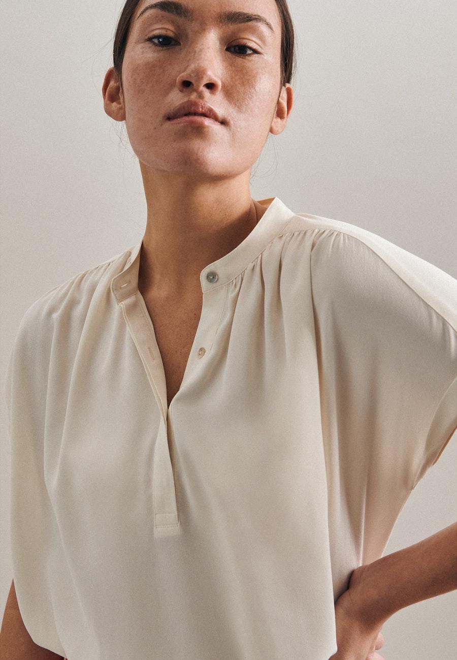 Sleeveless Krepp Slip Over Blouse made of 100% Viscose in Ecru |  Seidensticker Onlineshop