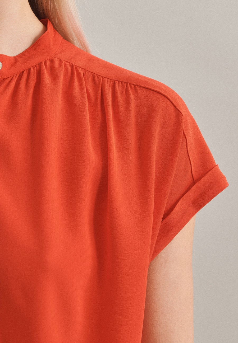 Sleeveless Krepp Slip Over Blouse made of 100% Viscose in Red |  Seidensticker Onlineshop