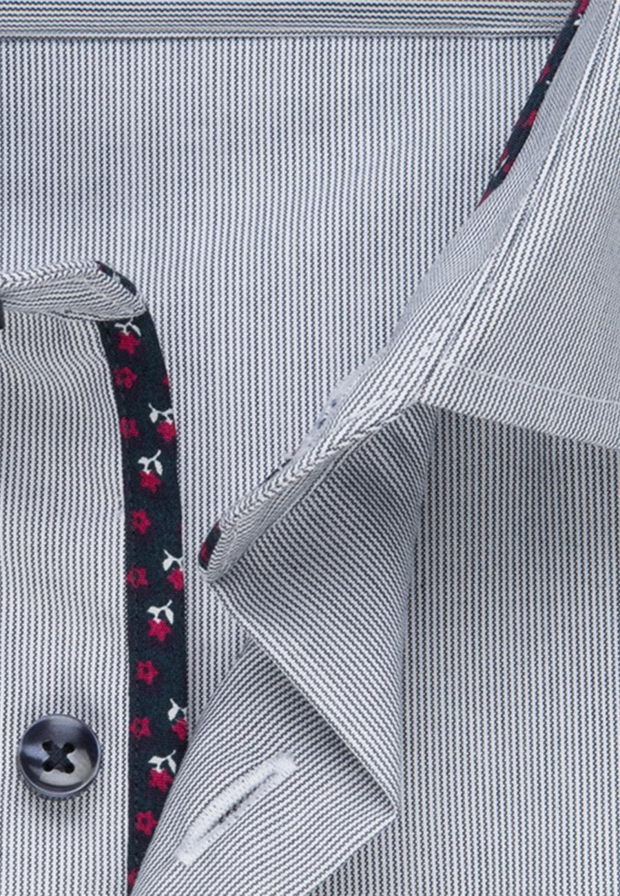Bügelfreies Mille Rayé Business Hemd in Regular mit Kentkragen in Dunkelblau |  Seidensticker Onlineshop