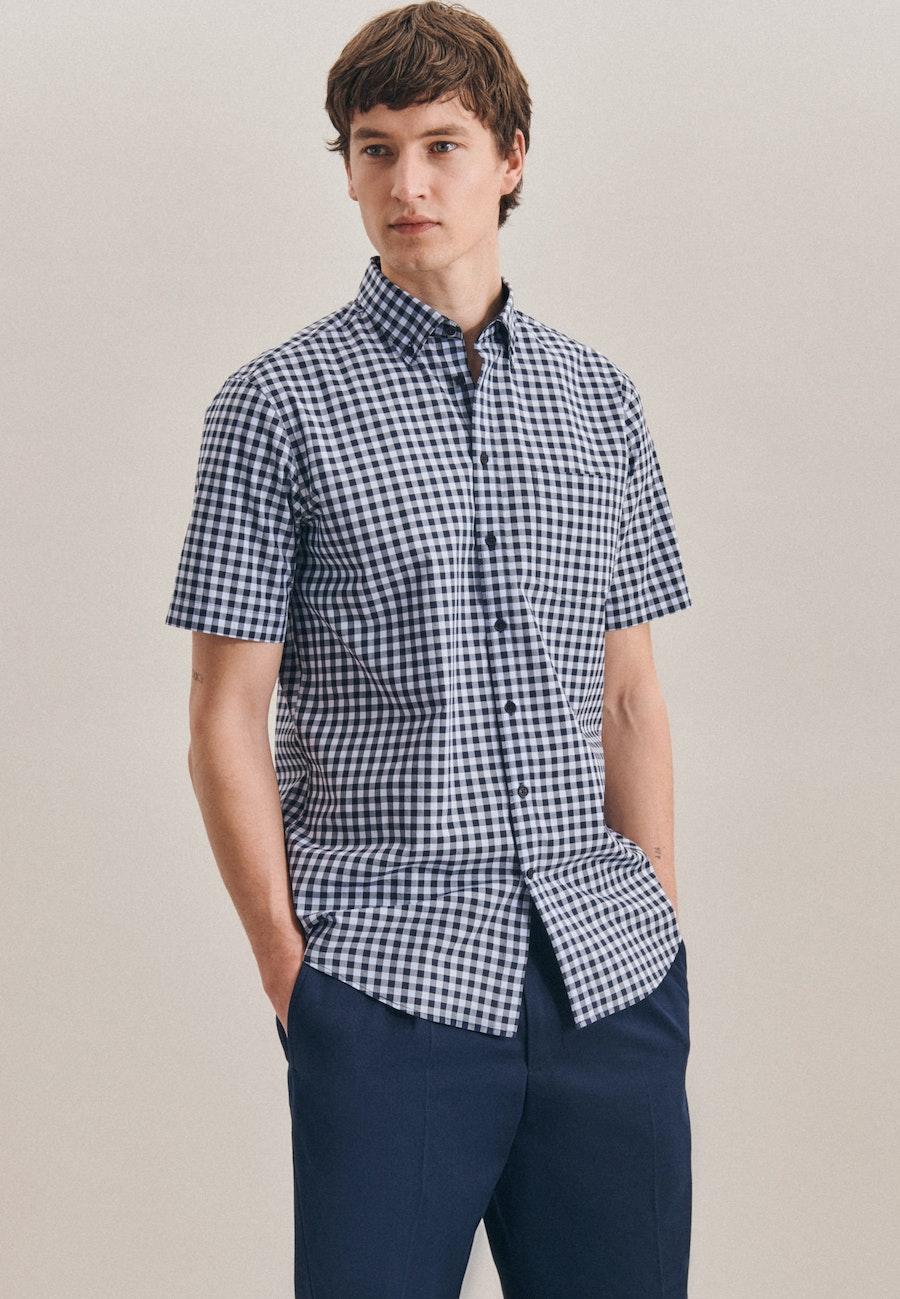 Bügelleichtes Popeline Kurzarm Business Hemd in Regular mit Button-Down-Kragen in Hellblau |  Seidensticker Onlineshop