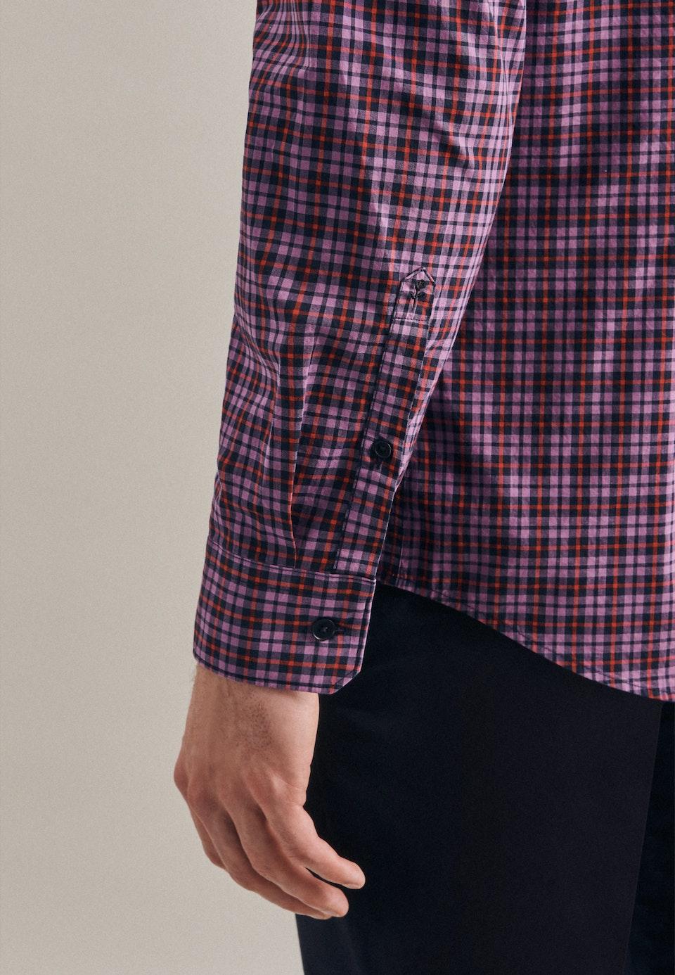 Bügelleichtes Popeline Business Hemd in Shaped mit Button-Down-Kragen in Lila |  Seidensticker Onlineshop