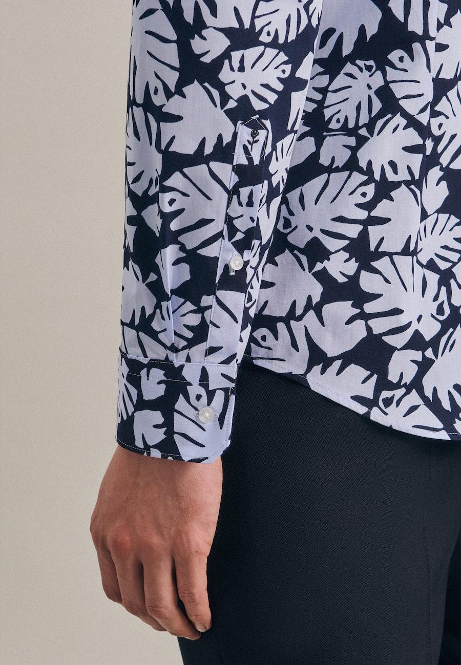 Bügelleichtes Popeline Business Hemd in Shaped mit Kentkragen in Hellblau    Seidensticker Onlineshop