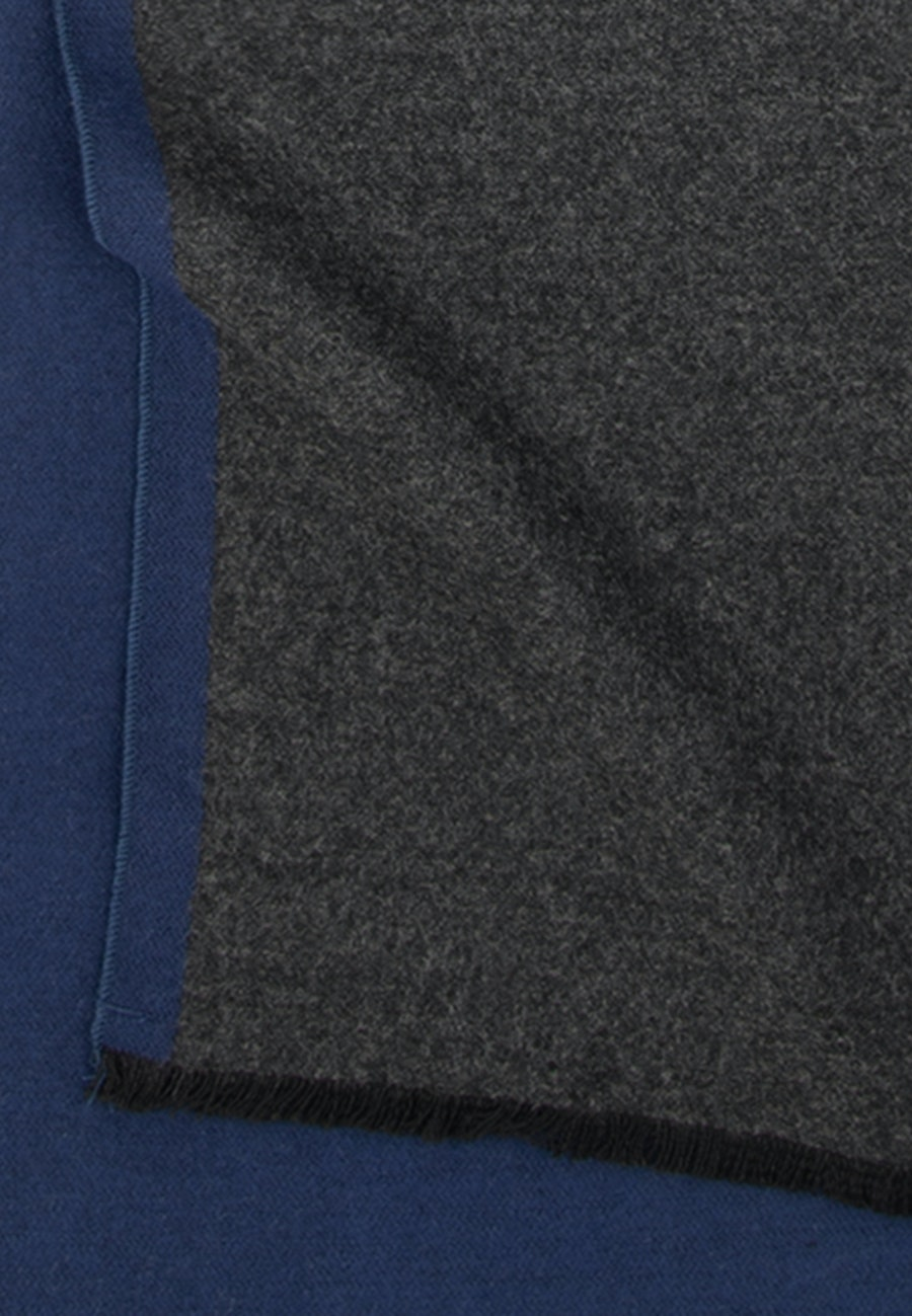 Scarf made of 100% Viscose in Dark blue    Seidensticker Onlineshop