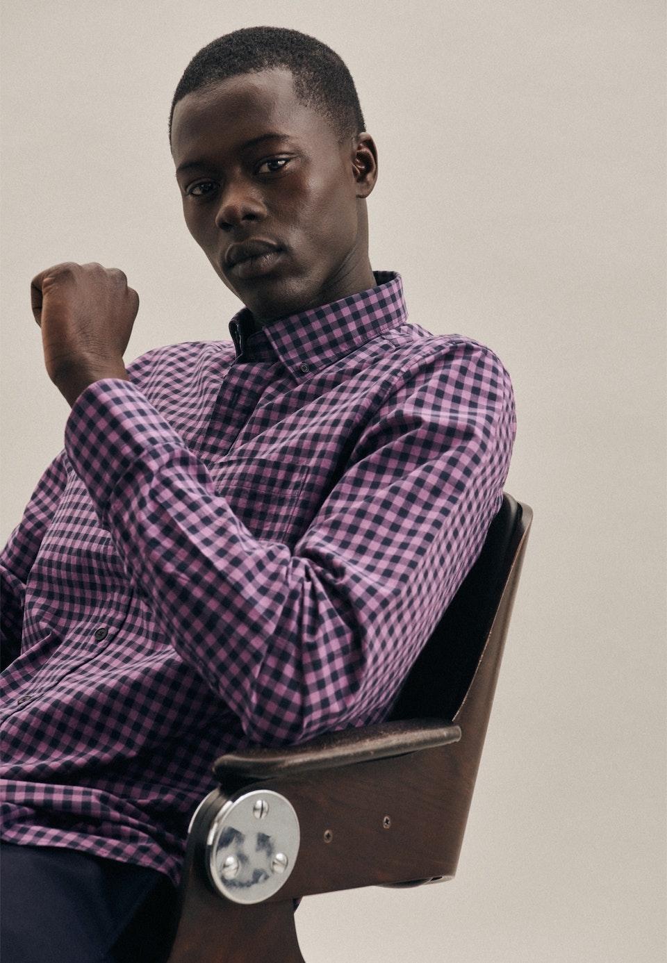 Easy-iron Poplin Business Shirt in Regular with Button-Down-Collar in Purple |  Seidensticker Onlineshop