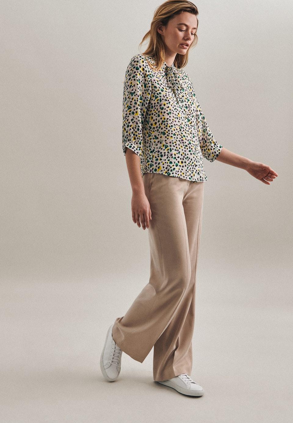 3/4 sleeve Krepp Stand-Up Blouse aus 100% Viscose in Ecru |  Seidensticker Onlineshop