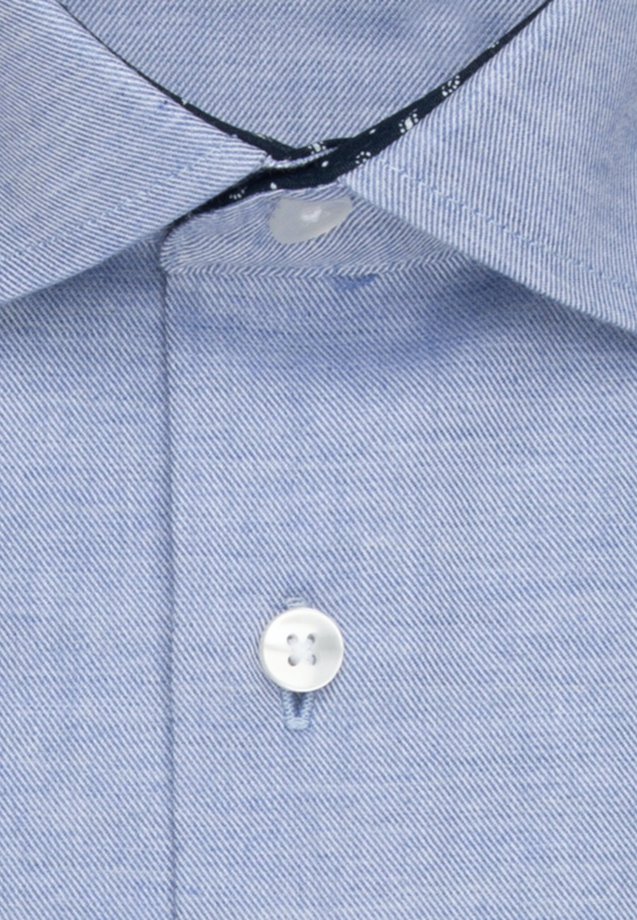 Easy-iron Twill Business Shirt in Shaped with Kent-Collar and extra long sleeve in Light blue    Seidensticker Onlineshop