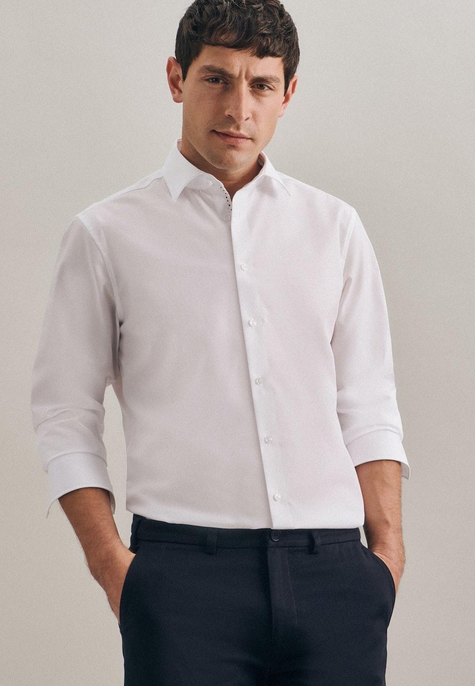 Bügelfreies Struktur Business Hemd in Shaped mit Kentkragen in Weiß |  Seidensticker Onlineshop