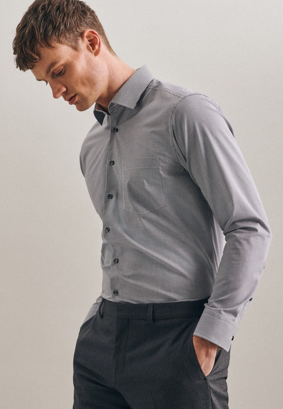 Non-iron Popeline Business Shirt in Regular with Kent-Collar in Grey    Seidensticker Onlineshop